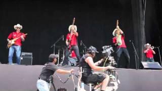 Vive Latino 2011 - Presentación - Los Coronas - Rola 1