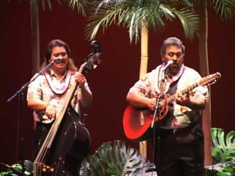 Hanalei Moon  - The Makaha Sons - Live At The Hawaii Theatre