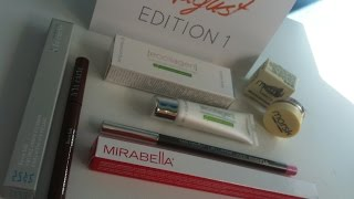 Love-Me-Beauty Box Unboxing August 2014 Thumbnail