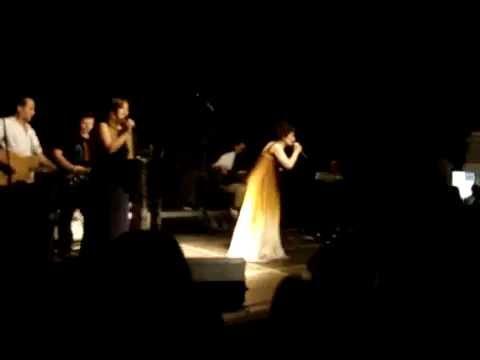 Doris Dragovic-Sakom o stol (LIVE, Korcula, 2013)
