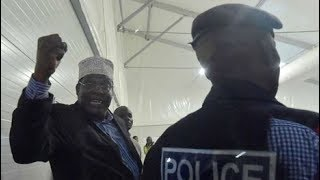 Raila Odinga gives an account of what happened during Miguna's deportation at the JKIA