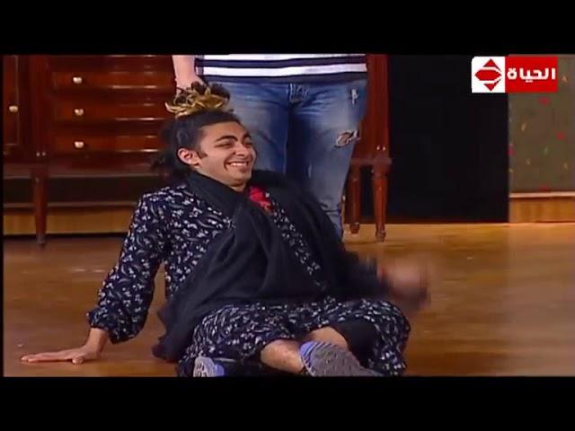 تياترو-مصر-كوميديا-مصطفي-خاطر-على-خشبة-المسرح-مع-أقوي-مشاهد-عرض-صوابع-زينب