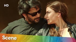 Funniest fight scene from Mr Joe B Carvalho - Arshad Warsi - Soha Ali Khan - Best Movie