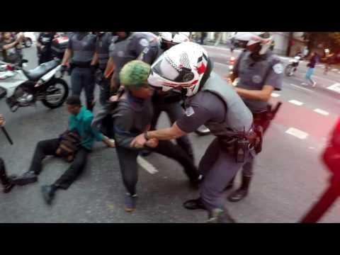 Violência policial e detenções arbitrárias são regras em manifestações