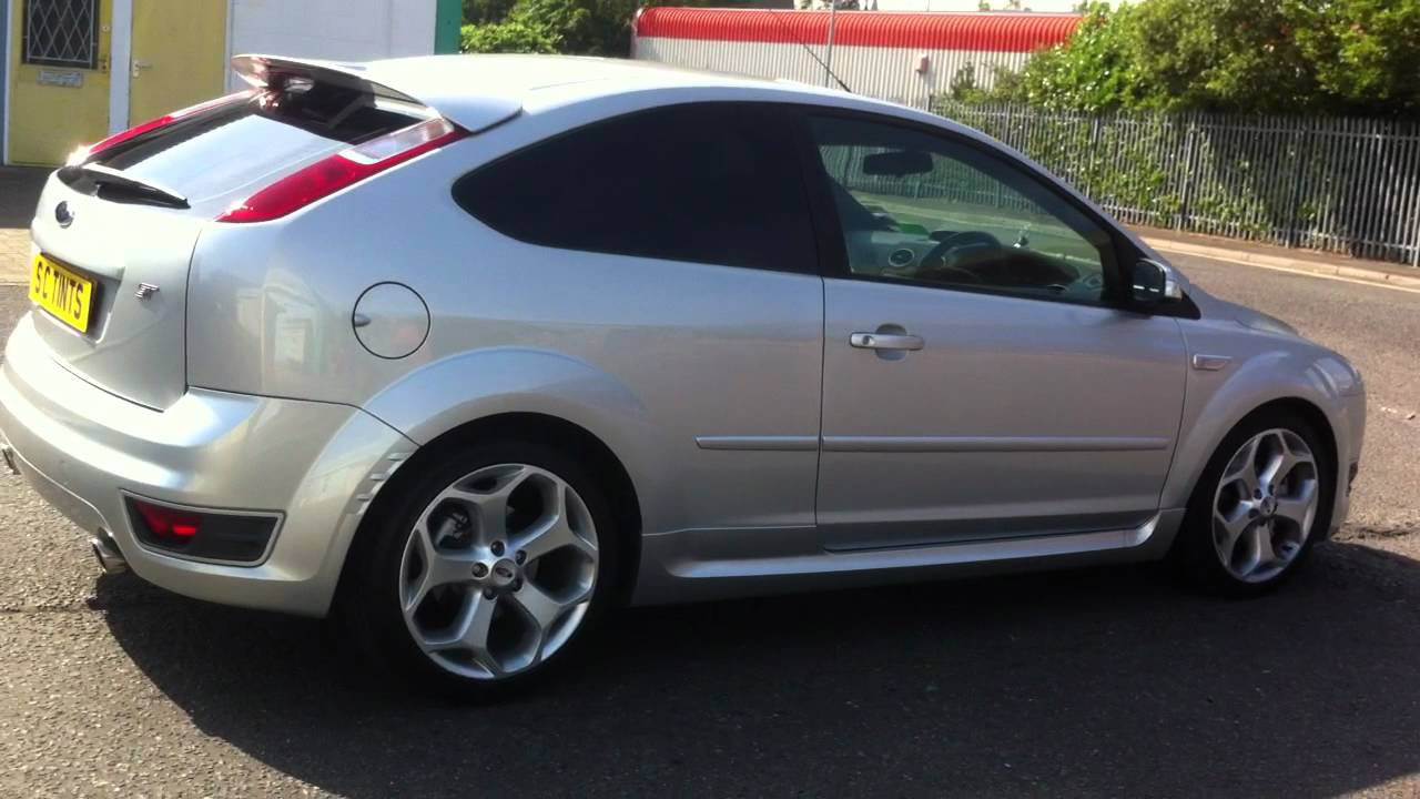 Ford Focus St With Dark Tints On Rear Windows Amp Clear Uv