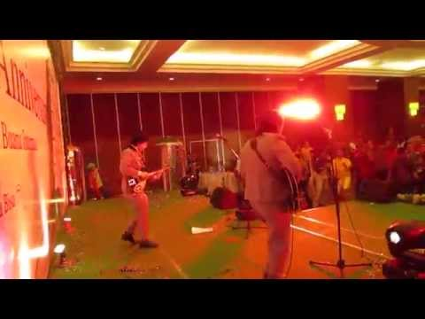 LET IT BEAT Beatles Bandung - Roll Over Beethoven (Chuck Berry/Beatles Cover)