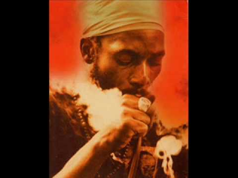 Capleton - Bun Dem Every Day (Doctor Darling Riddim) [Long Version]