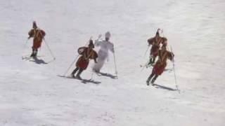Repeat youtube video 'Le comiche' - Papa sugli sci...