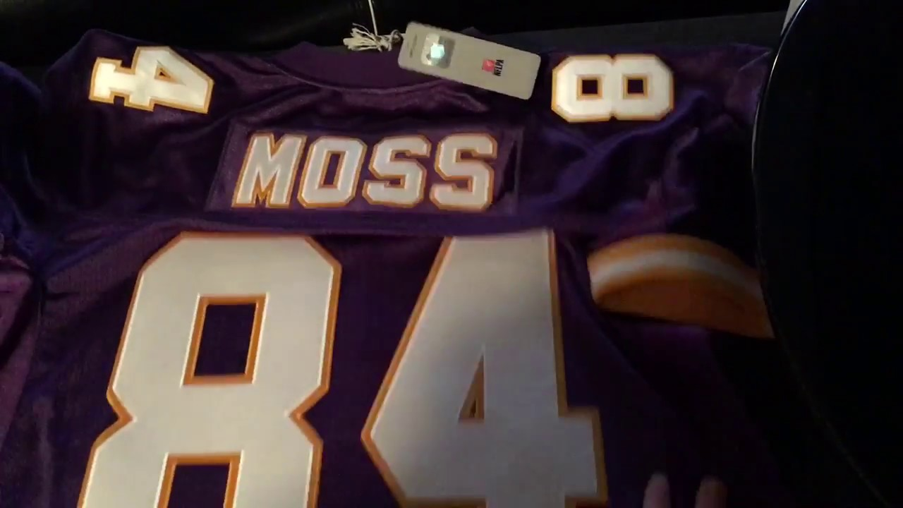 size 40 cc985 3138f Randy Moss Mitchell and ness jersey