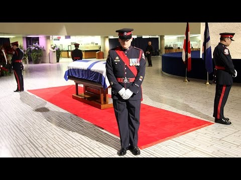 Rob Ford's casket lies in repose at city hall
