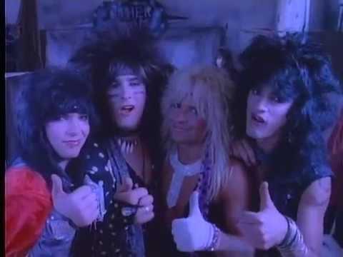Mötley Crüe - Smokin' In The Boys Room (Official Video) Mp3