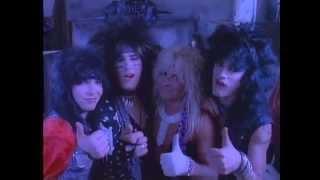 Mötley Crüe - Smokin