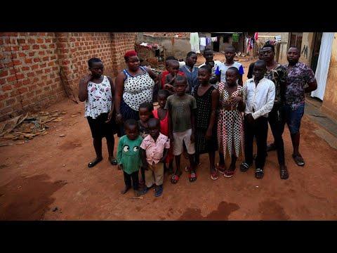 """Ugandische Mutter mit 38 Kindern: """"Ich versuche einfach, über die Runden zu kommen."""""""