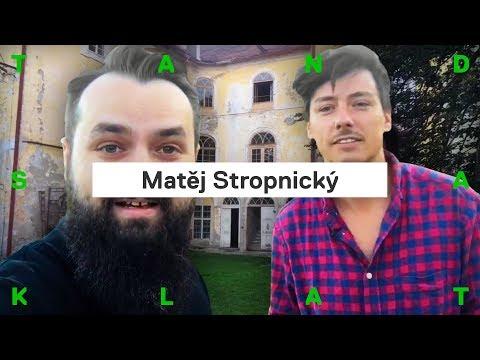 Matěj Stropnický bydlí na zámku. A myslí při tom na ekologii. Jak to tam vypadá?