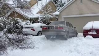 Toyota Corolla diesel AWD snow 2(, 2017-02-07T08:06:02.000Z)