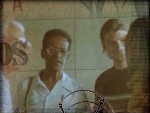"""Up, Bustle & Out - """"Descarga Con Café"""" - 1999"""
