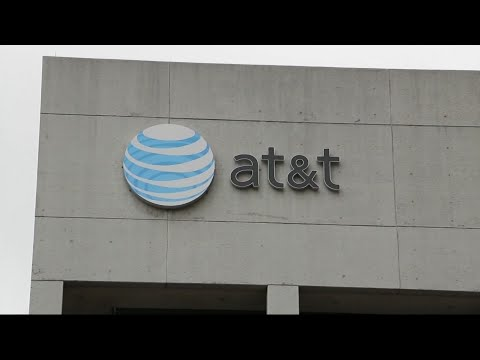 Justice Seeks to Block AT&T-Time Warner Merger