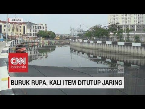 Buruk Rupa, Kali Item Jakarta Ditutup Jaring