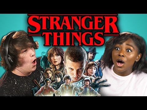 COLLEGE KIDS REACT TO STRANGER THINGS