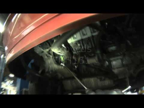 VW T4: Eurovan 2.5L Thermostat Removal (New Close-up view)
