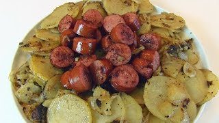 Bettys Potatoes with Onions and Smoked Sausage