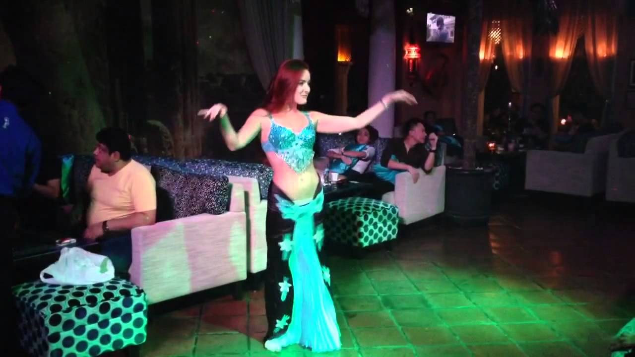 Surprise Belly Dance Performance At Shisha Cafe Kemang Youtube