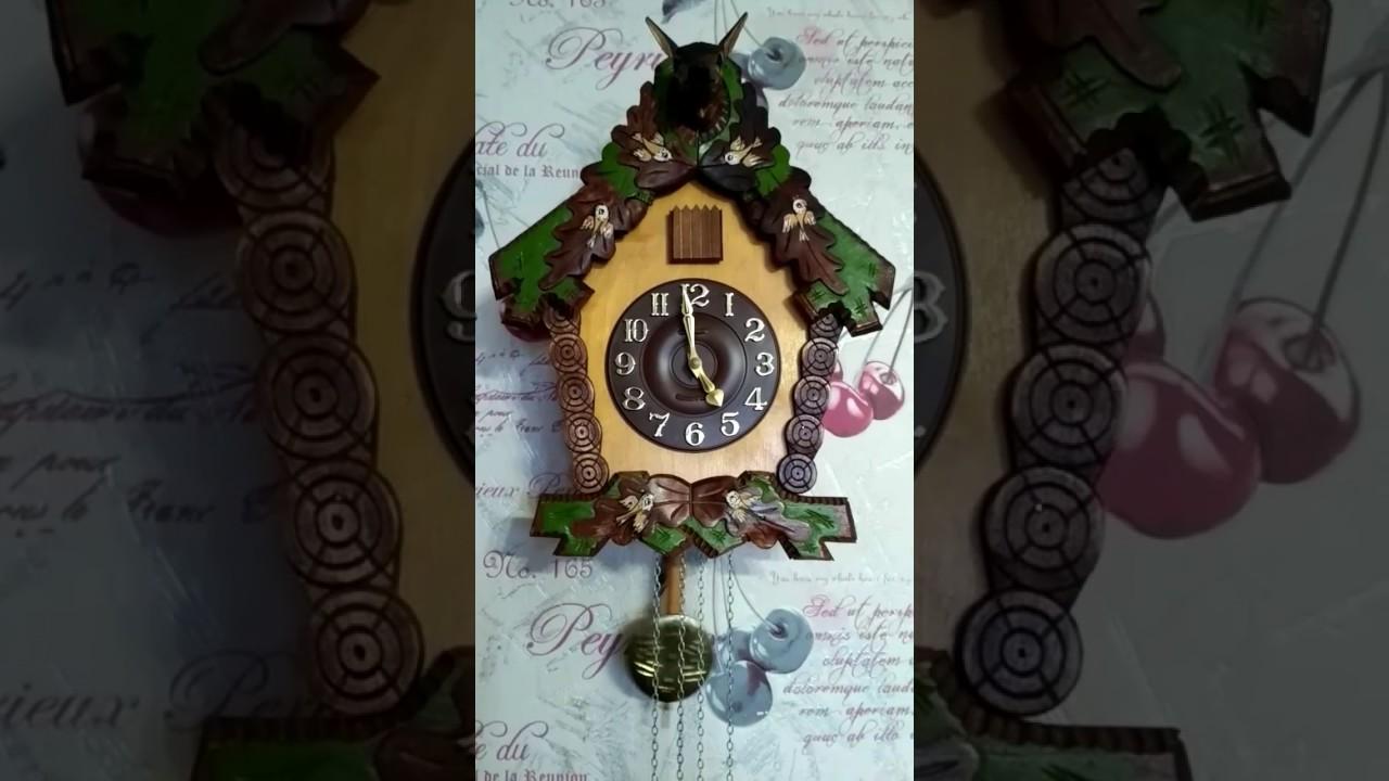 Продажа настенных часов с кукушкой в интернет-магазине total home. Купить часы кукушки можно по следующим ценам ( в рублевом эквиваленте):. Механические часы-кукушки в деревянном корпусе – от 65 до 1200 евро.