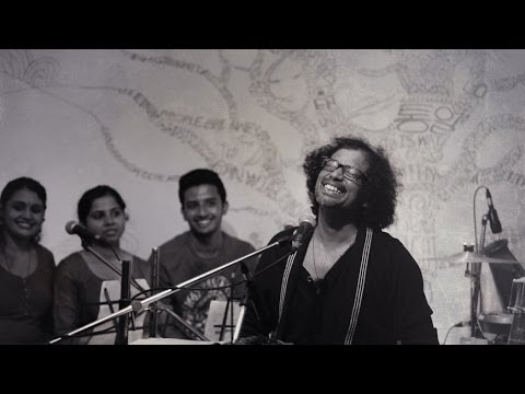 KEF 1126 -  Shahabaz Aman performing Live 'Under The Tree' @Cafe Papaya