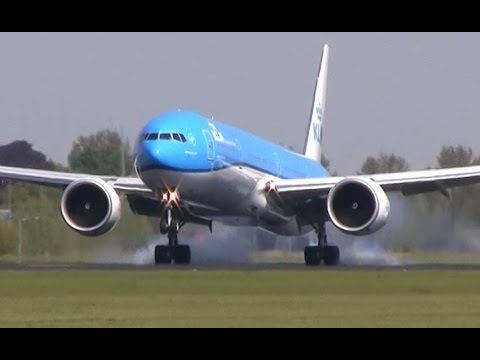 Lots of planes landing! Plane spotting at Schiphol - 747, 777, A330, and more!