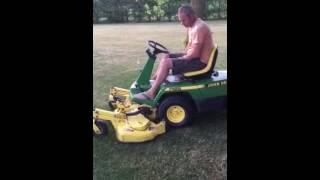 John Deere f525 start and mow