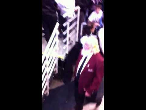 Derrick Rose high five Jerry Sloan last game