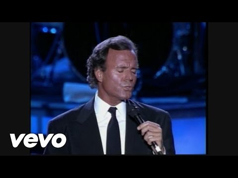 Julio Iglesias - Amor, Amor, Amor (taken from Starry Nights concert DVD)