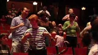 David Chicken - Chicken Dance Live!