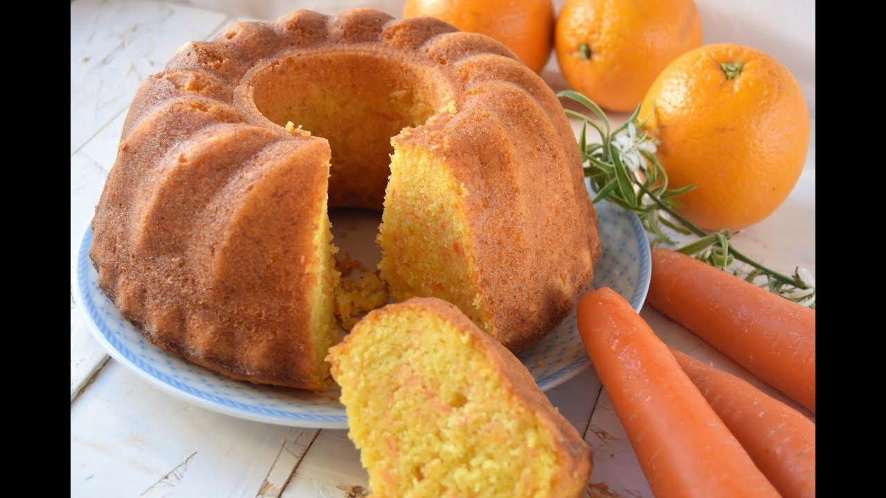 Receta Queque Zanahoria : Incorporar zanahoria pelada y rallada fina y mezclar con batidor.