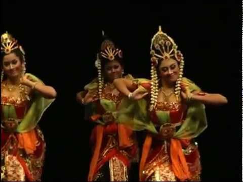 Seni Tari Jawa Timur - Kidung Asmara - 3 (Traditional Dance)