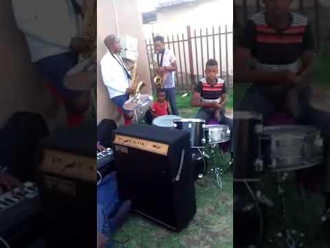 Something Soweto Akanamali : Zeke cover