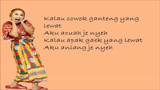 Upiak Isil - Tak Tun Tuang (Belum Mandi) ( Lirik Lagu )
