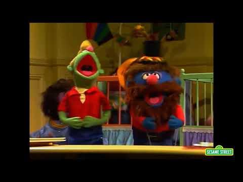 Classic Sesame Street - Little Chrissy Sings Rock You to Sleep