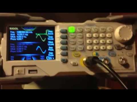 Comparaison Générateur de fonction Rigol DG1032Z et GW Instek AFG2125