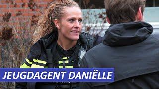 Jeugdagent Danielle  Politie Utrecht Centrum   Winkeldiefstal en andere wijk meldingen.