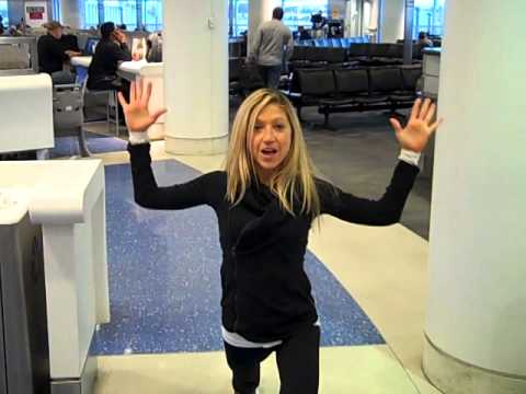 Best Airport Exercises. To Help You Feel FIT and Fabulous While Traveling