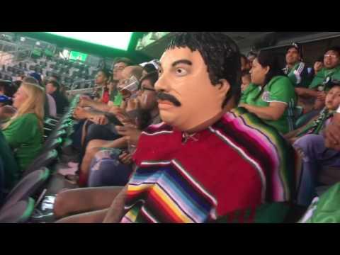 La ola en met life stadium mexico 3 ireland 1