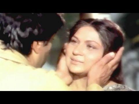 Dharmendra, Nirupa Roy, Maa - Emotional Scene 2/14