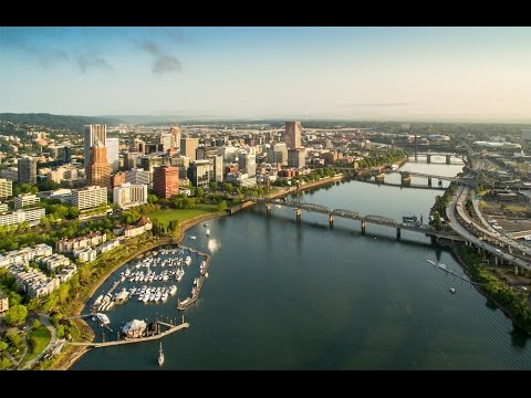 BRIDGETOWN - Portland, Oregon - Bridges from a Drone