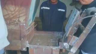 станок для производства прессованного кирпича(, 2014-04-17T15:32:10.000Z)