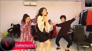Lâm Vỹ Dạ, Ninh Dương Lan Ngọc, Chi Pu nhảy cover Đóa Hoa Hồng siêu lầy lội [FULL]