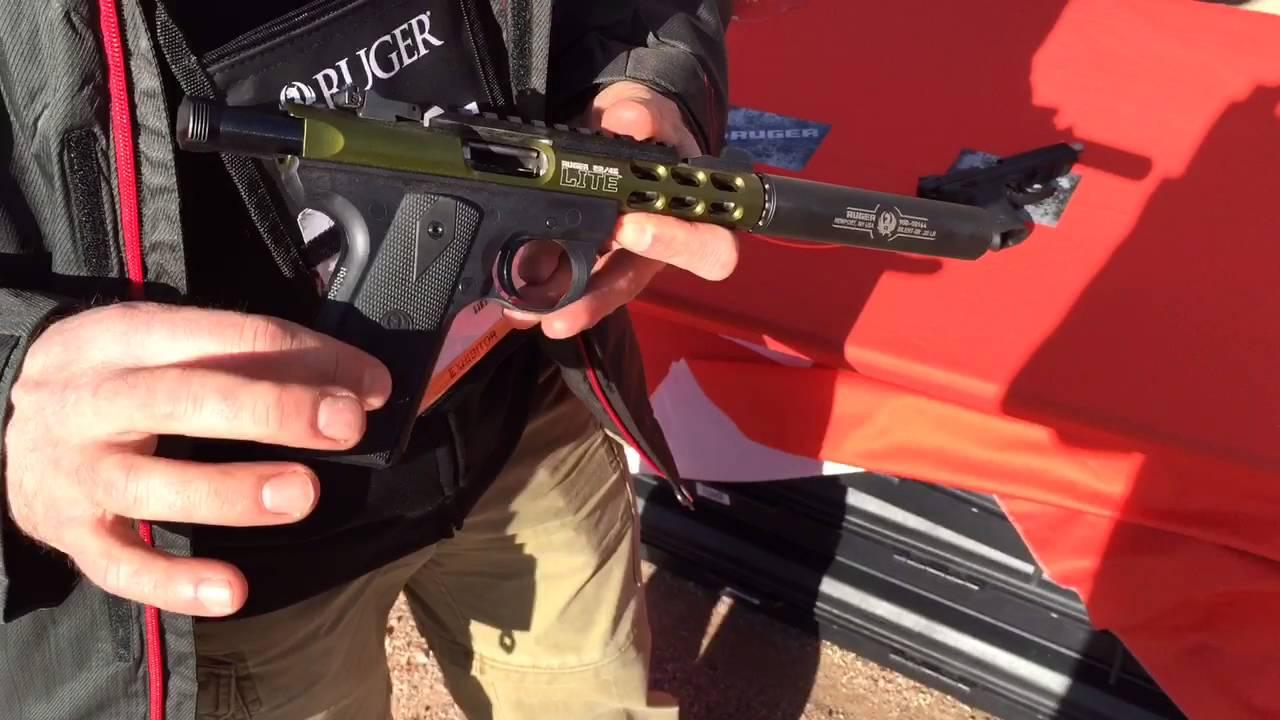 Ruger Super Blackhawk and SR22- Shot Show 2016 - YouTube