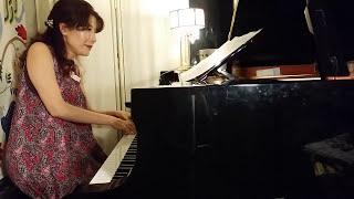 実際のラウンジピアノでは こんな風に激しく弾いちゃダメダメですよ。 ...