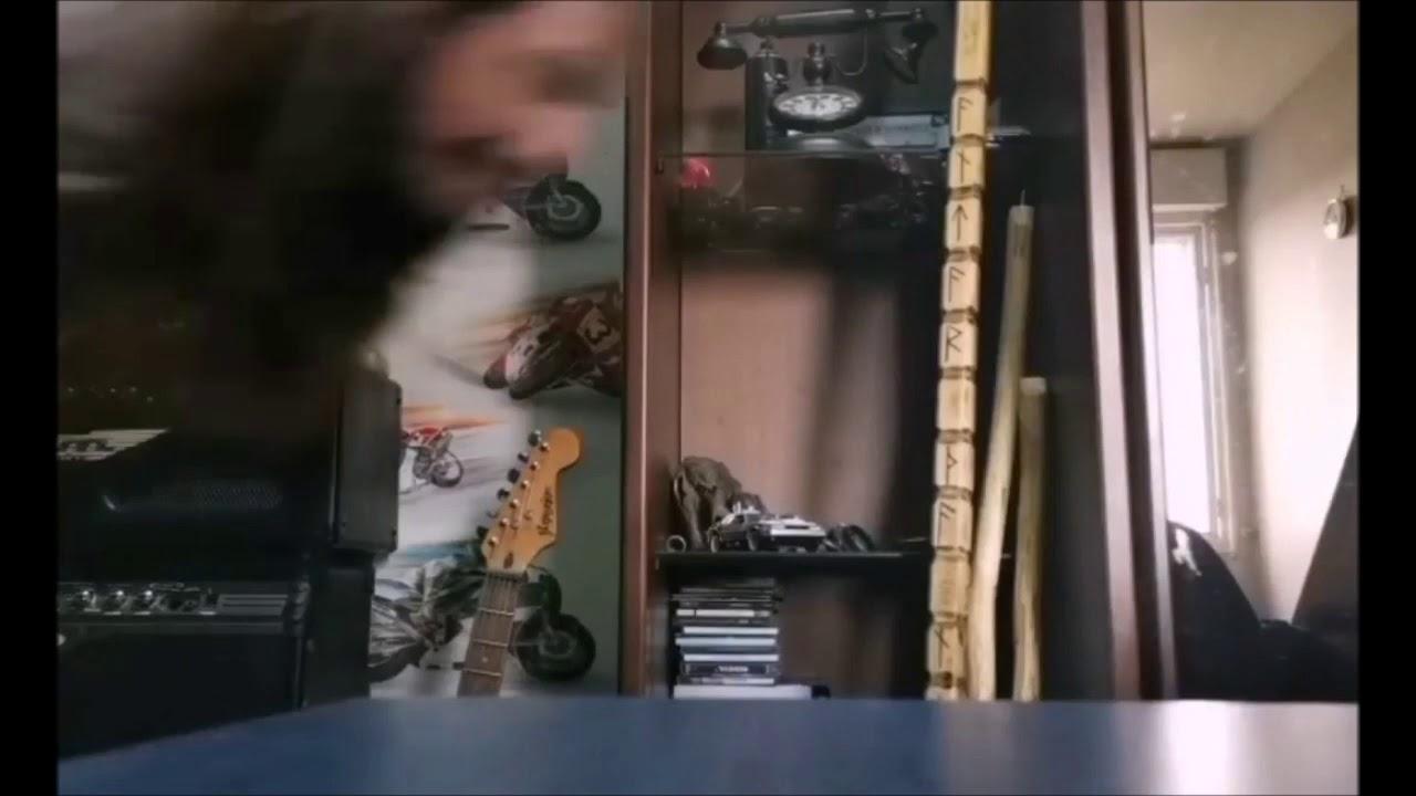 a dumb metalhead doing narutorun on a shitty remix of deja vu.mp4