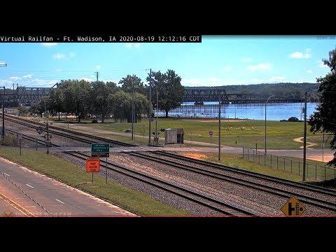 Ft. Madison, Iowa USA  | Virtual Railfan LIVE